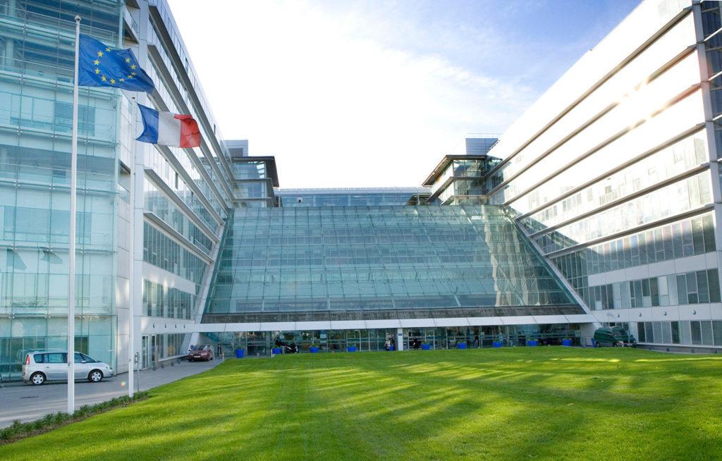 Une image panoramique de l'hôpital